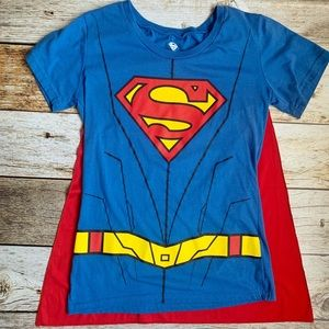 🌴3/$20 Superwoman Cape Tee